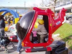 Hüpfburgen und Kinderkarussel